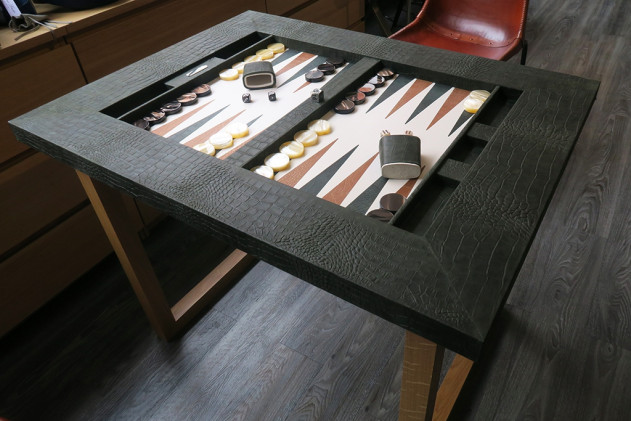 Backgammon table top Alligator effect leather Kaki