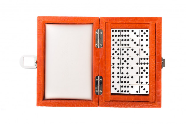 Coffret Dominos cuir impression Alligator Corail